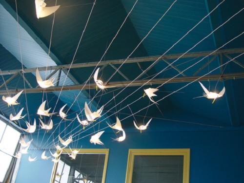 Креативная тросовая подсветка
