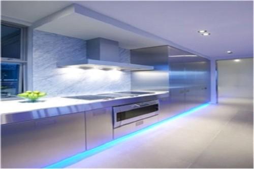 Нижняя подсветка кухни