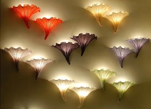 Настенные светильники в виле цветов