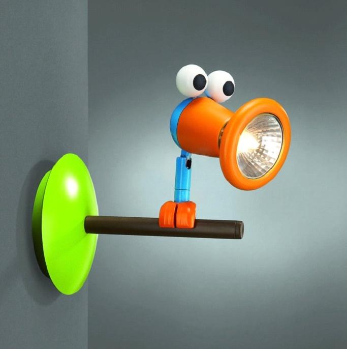 Светильник в детскую комнату