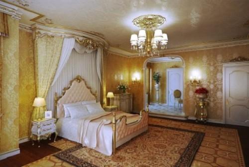 Золотая люстра в спальне