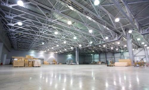 Светильники на складе