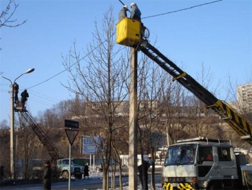 Установка уличных фонарей
