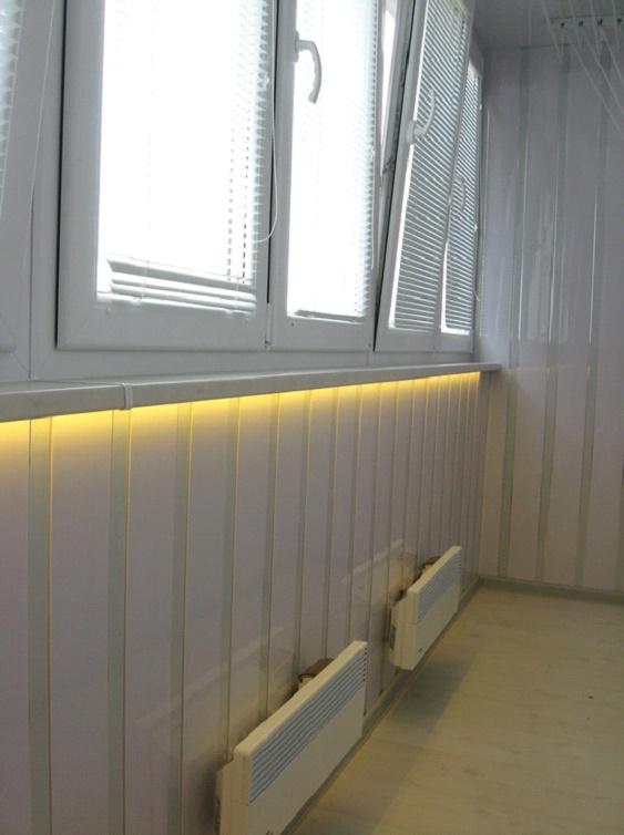 Светодиодная лента на балконе
