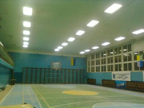 Светодиодное освещение в спортивном зале