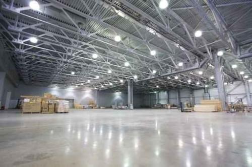 Общее освещение в промышленном помещении