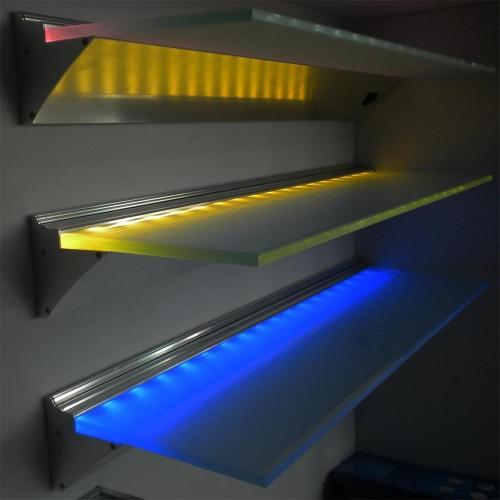 Полочки с разноцветной подсветкой