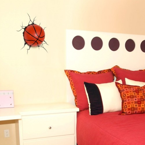 Вариант светильника в виде баскетбольный мяч в интерьере вашей комнаты