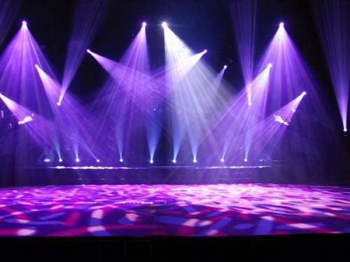 Возможный вариант освещения концертной сцены