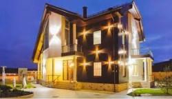 Модели с резными плафонами для подсветки здания