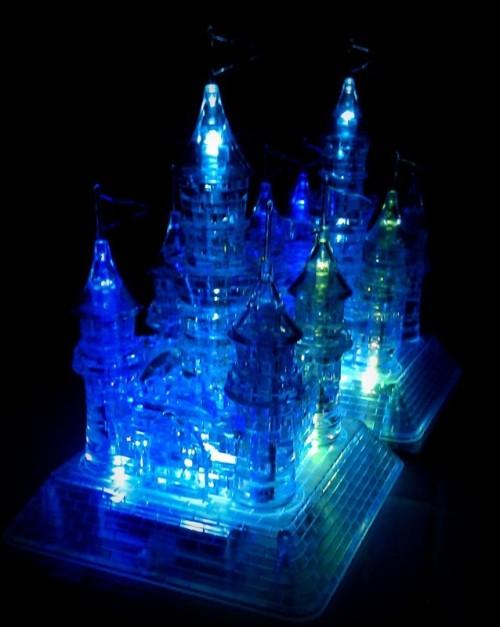 Светильник в виде ледяного дворца снежной королевы