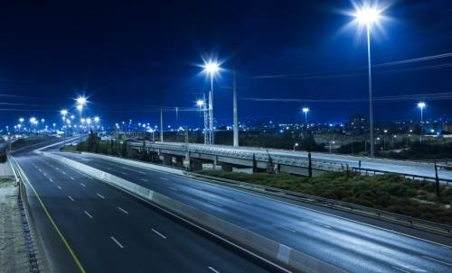 Вариант освещения дороги