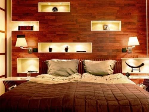 Нишевая подсветка стены в спальне