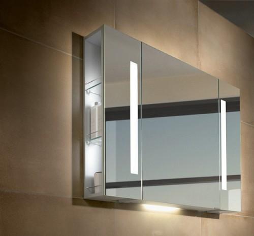 Шкафчик с зеркальными дверцами и встроенным светильником