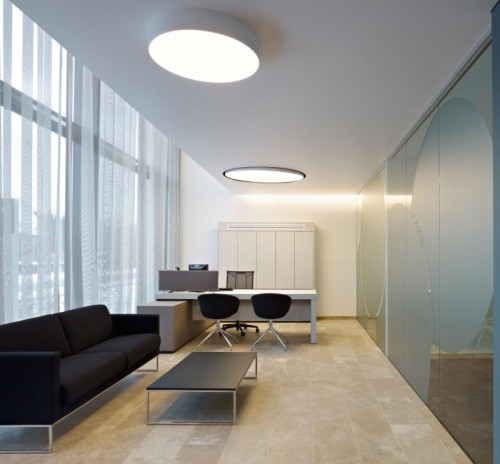 Применение округлых светильников в офисе