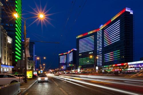 Ночная подсветка зданий медиафасадами