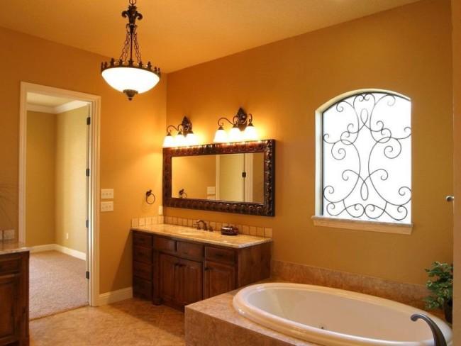 Применение подвесных люстр в ванной