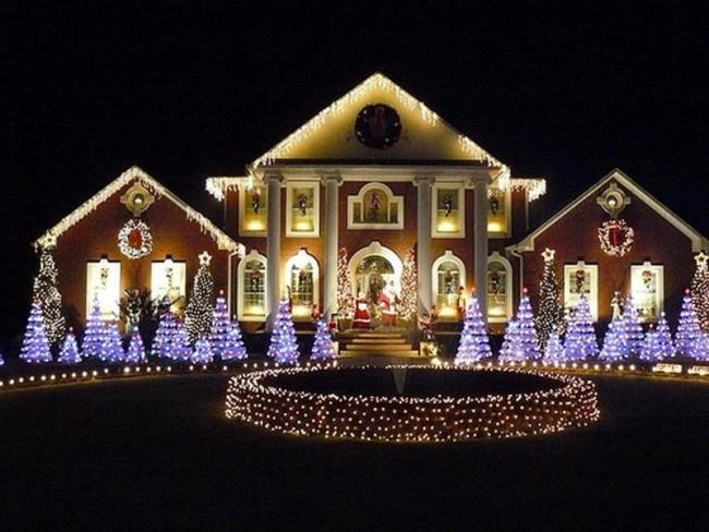 Гирлянды в декоративной подсветки дома