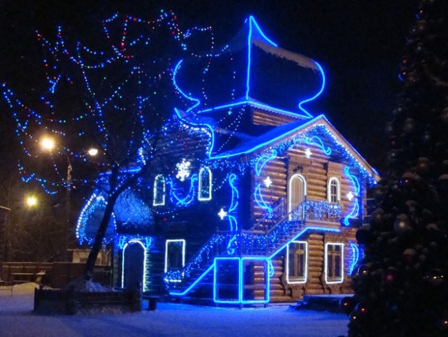 Декоративная подсветка дома
