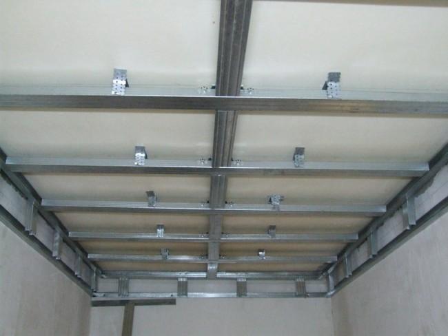 Внешний вид металлического каркаса потолка