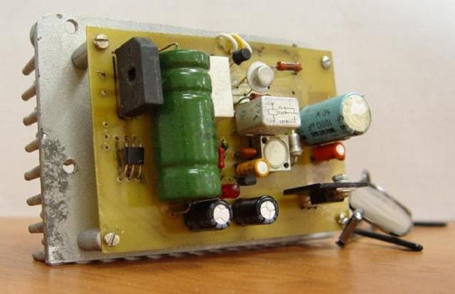 Устройство для подключения светодиодов