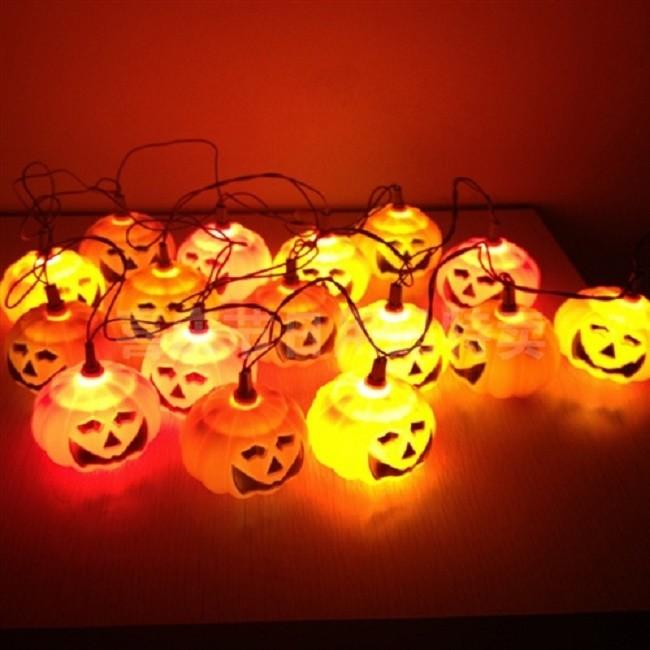 Тематический светильник для хеллоувина