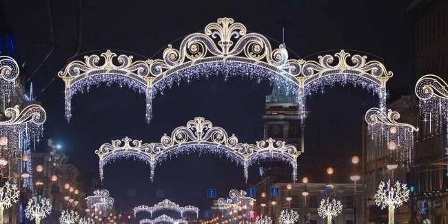 Освещение улицы на праздники