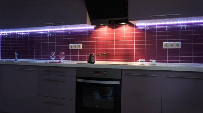 Пример подсветки на кухне