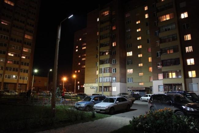 Ночное освещение двора