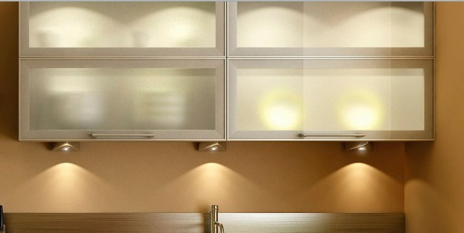 Шкафчики с накладными светильниками