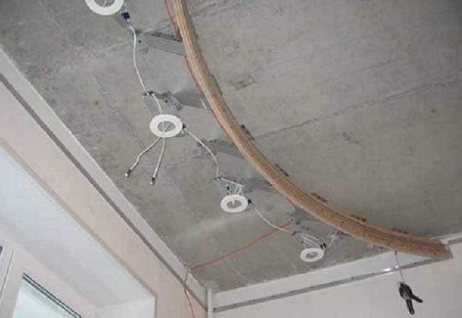 Подготовка креплений для точечных светильников