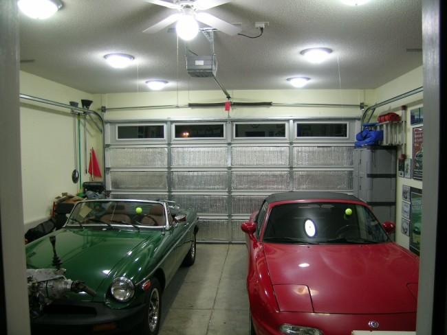Освещение места под машину в гараже