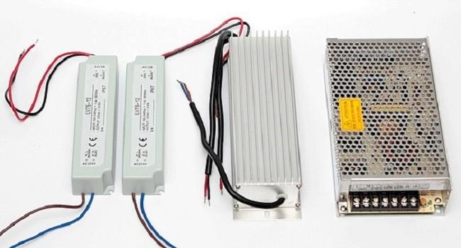 Пример блоков питания для светодиодных лент