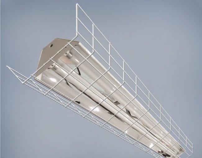 Внешний вид люминесцентного светильника для спортзала