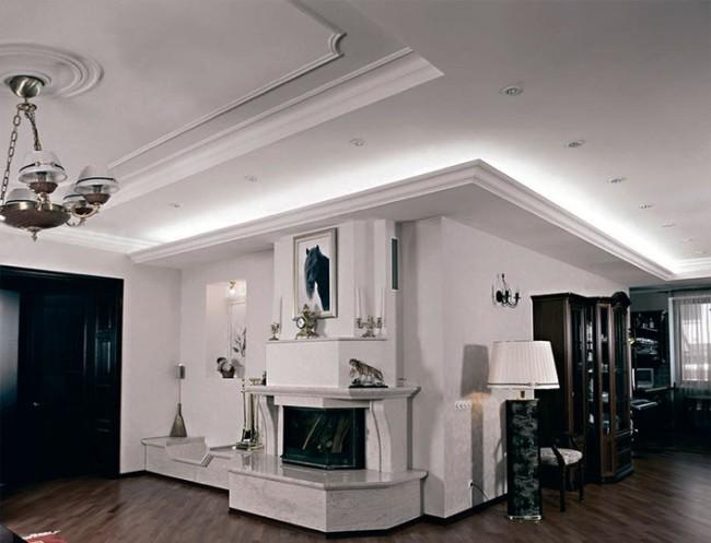 Комната с подсветкой в плинтусах