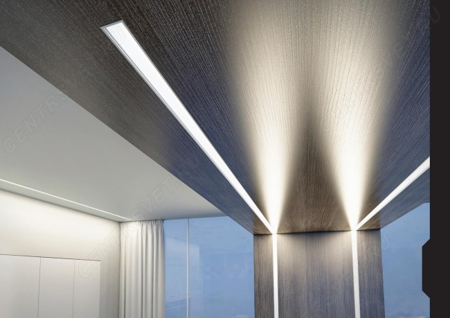 Свечение линейного светодиодного светильника