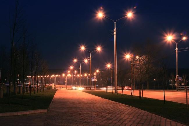Пример освещения улицы в ночное время