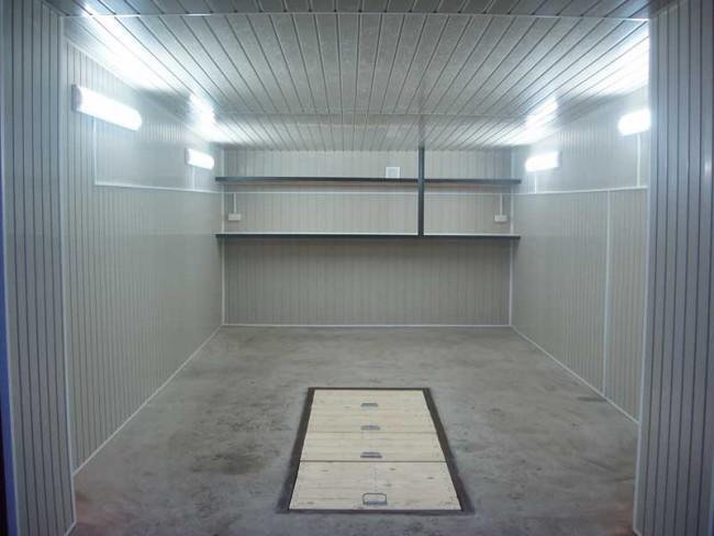Внешний вид гаража с электропроводкой