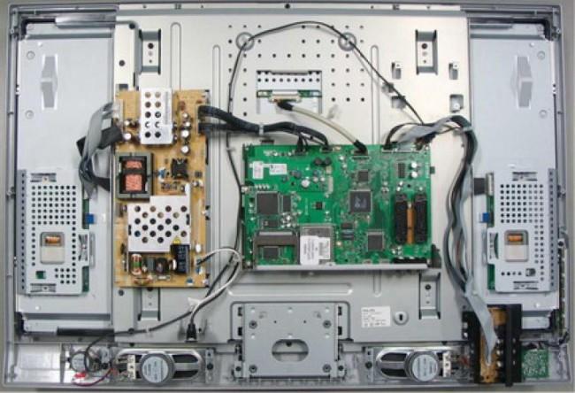 Внешний вид монитора без задней панели