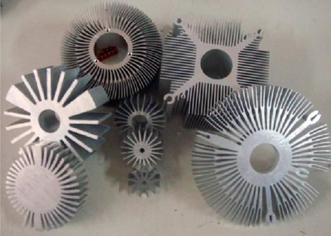 Внешний вид радиаторов разных форм