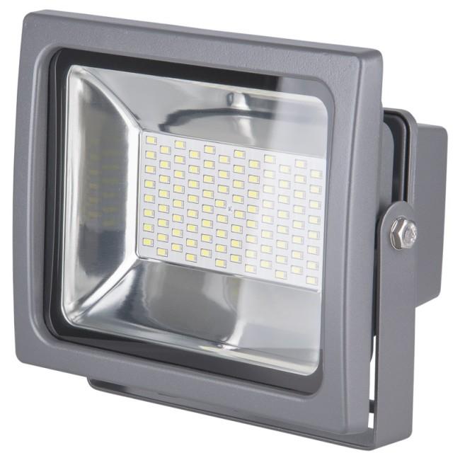 Внешний вид квадратного прожектора