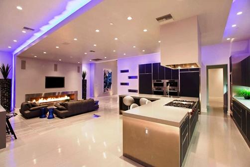 Искусственное освещение комнаты