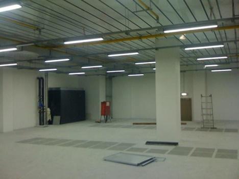 Освещение в промышленном помещении