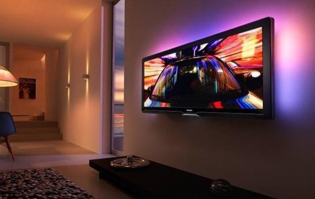 Подсветка за телевизором