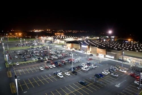 Парковка торгового центра
