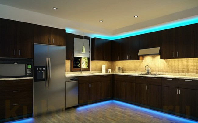 Подсветка гарнитуры на кухне